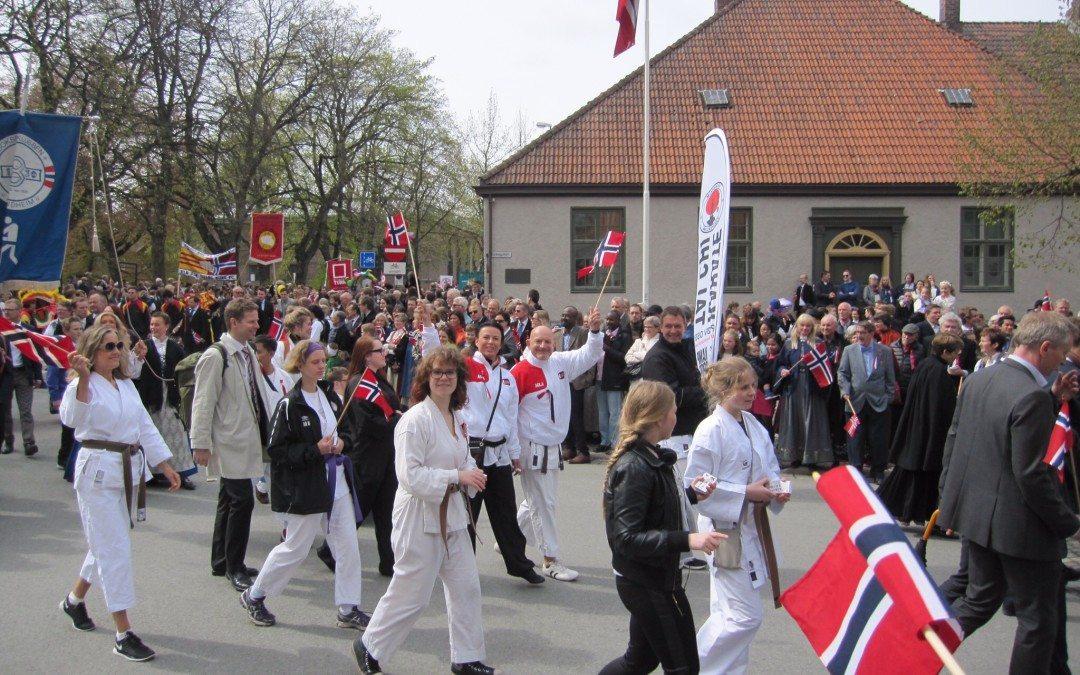 Klubben i borgertoget 17.mai 2017